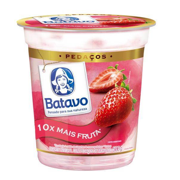 Iogurte-com-pedacos-de-morango-Batavo-500g