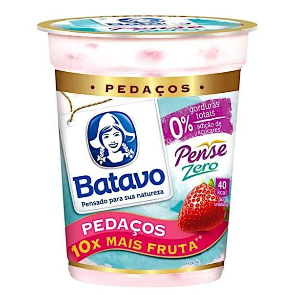 Iogurte-pedacos-pense-zero-sabor-morango-Batavo-100g