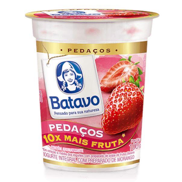 Iogurte-pedacos-sabor-morango-Batavo-100g